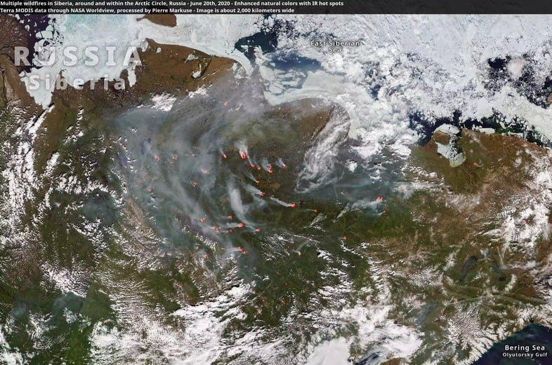 Множественные лесные пожары усеяли полярный круг в России, июнь 2020 года.