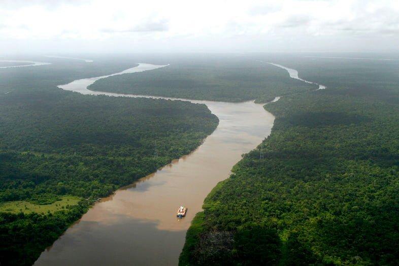 Река Амазонка, недалеко от Белема