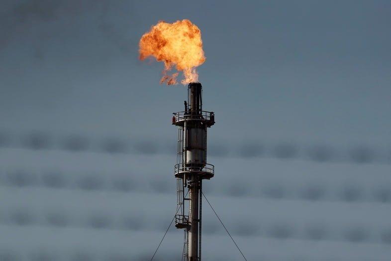 Нефтяной факел