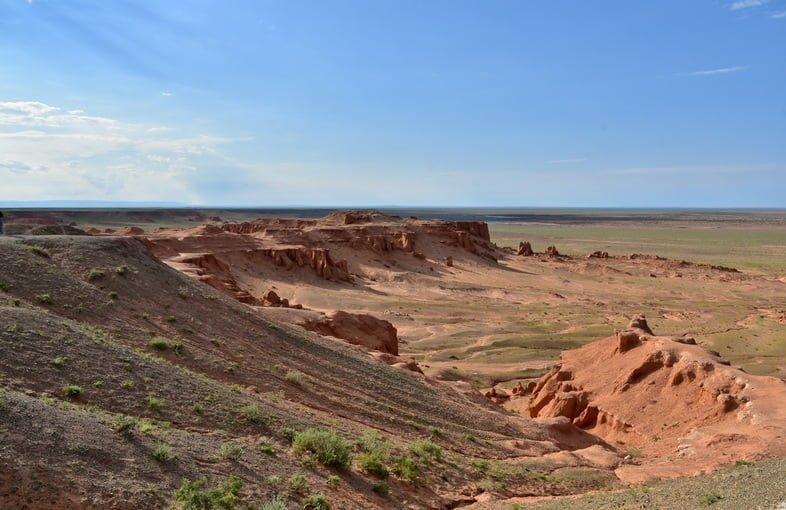 Баянзаг (красные скалы), пустыня Гоби, Монголия