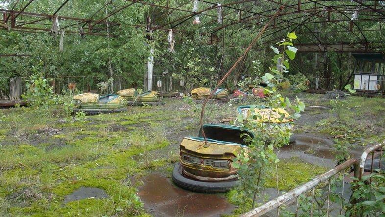 Заброшенный парк развлечений в Припяти, Украина