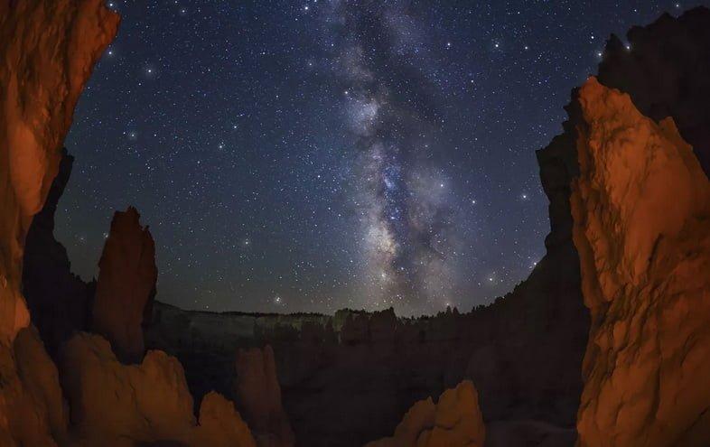 Национальный парк Брайс-Каньон ночью